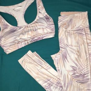 Forever 21 active set size s (slight defect)
